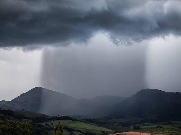 Resultado de imagem para fotos de chuvas no oestepotiguar