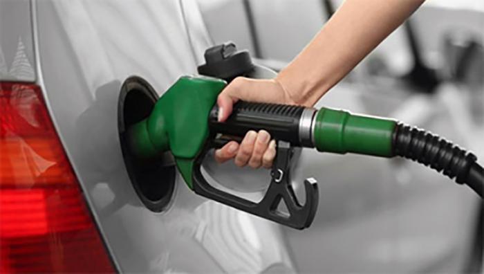 carga-gasolina-magna-auto