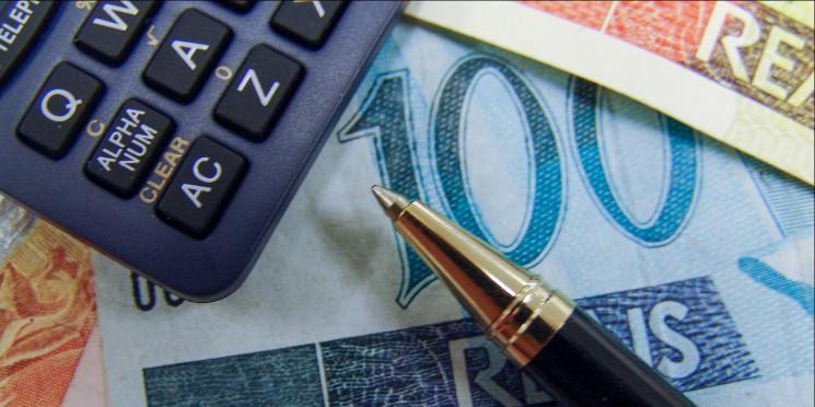 dinheiro-refis-leisetributos-thinkstock-dc